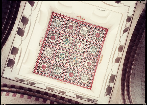 Ceiling「Decoration On The Ceiling Of The Tower」:写真・画像(11)[壁紙.com]