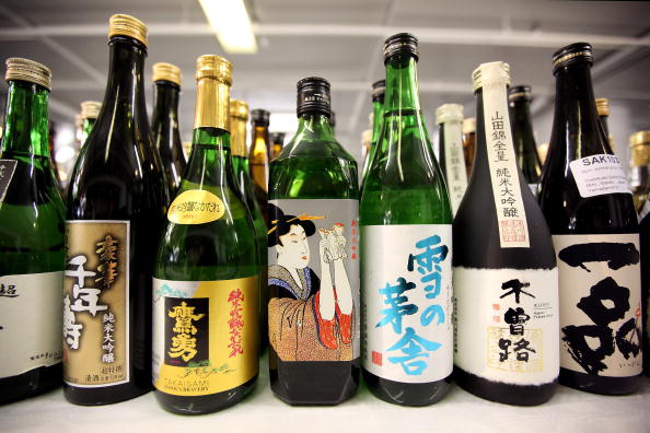 Sake「Experts Judge The Annual International Wine Challenge Entries」:写真・画像(0)[壁紙.com]