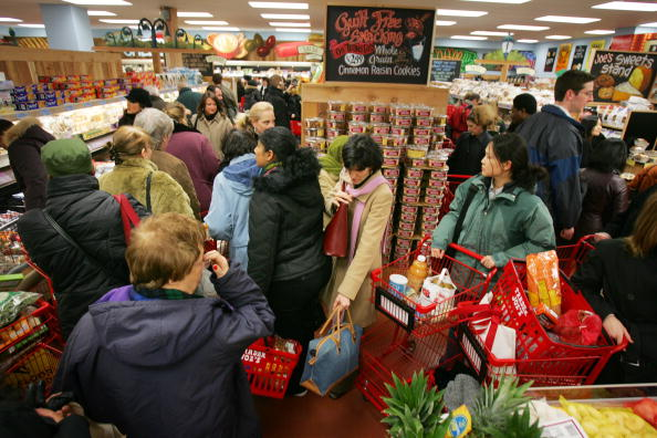 Michael Nagle「Trader Joe's Opens Its First Store In New York City」:写真・画像(17)[壁紙.com]