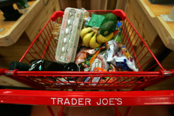 Michael Nagle「Trader Joe's Opens Its First Store In New York City」:写真・画像(18)[壁紙.com]