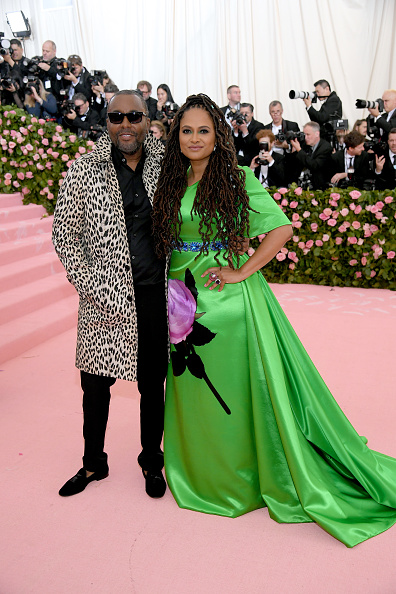 Fully Unbuttoned「The 2019 Met Gala Celebrating Camp: Notes on Fashion - Arrivals」:写真・画像(0)[壁紙.com]