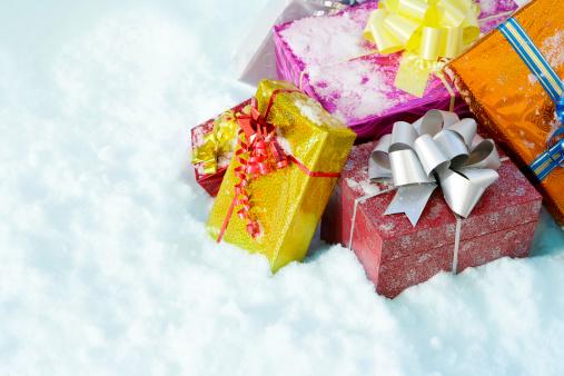 Snowdrift「Christmas gifts in a snow」:スマホ壁紙(12)