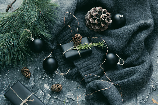 Pine Cone「Christmas gifts and decorations」:スマホ壁紙(18)
