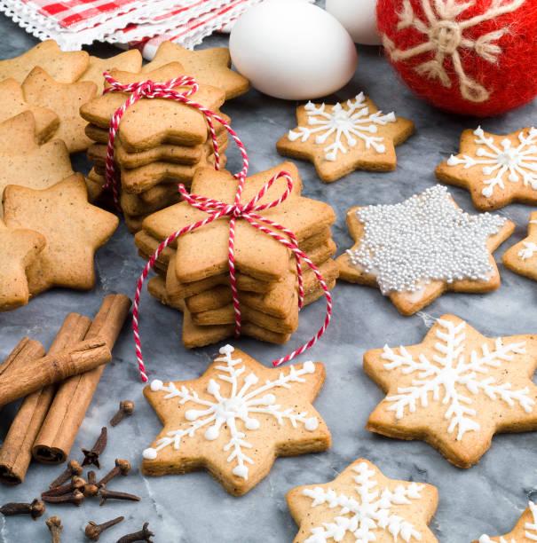 Christmas Gingerbread Cookies:スマホ壁紙(壁紙.com)