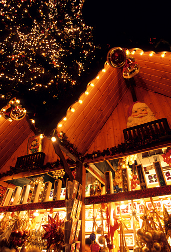 Gift Shop「Christmas gift shops at Romerberg Square」:スマホ壁紙(6)