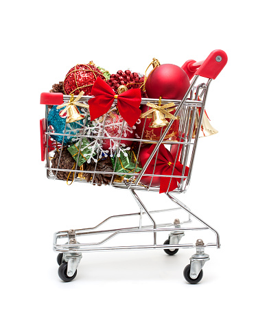 Gift Shop「Christmas gift in shopping cart isolated on white background」:スマホ壁紙(2)