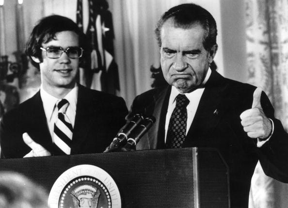 Consolidated News Pictures「Nixon Resigns」:写真・画像(8)[壁紙.com]