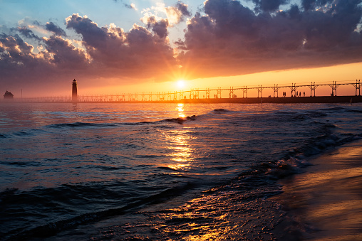 Great Lakes「Grand Haven Sunset」:スマホ壁紙(2)