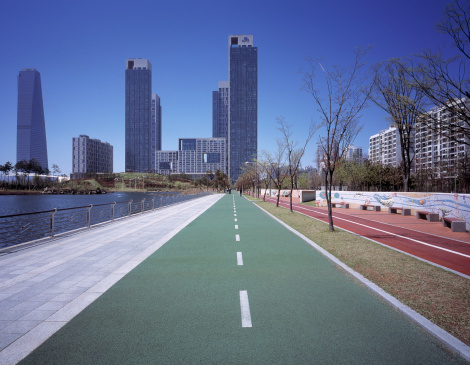 Financial District「Bicycle and pedestrian paths towards Songdo」:スマホ壁紙(16)