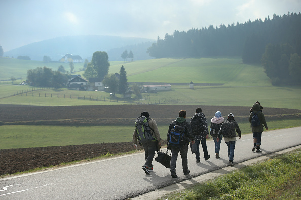 Refugee「Over 6,000 Migrants Crossing Into Bavaria Daily」:写真・画像(6)[壁紙.com]