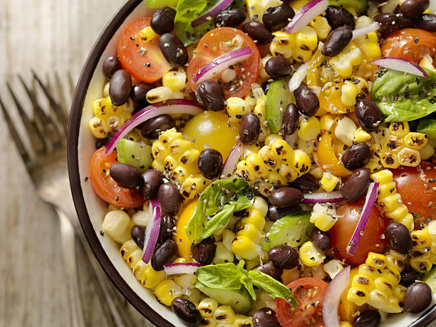 Grilled Corn and Black Bean Salad:スマホ壁紙(壁紙.com)