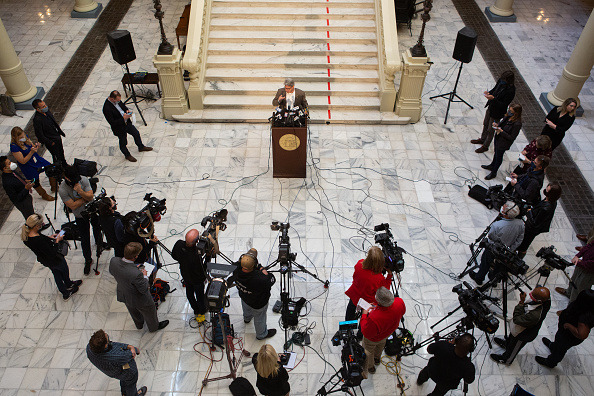Secretary Of State「Georgia's Secretary Of State Holds News Conference On Election Ballot Count」:写真・画像(8)[壁紙.com]