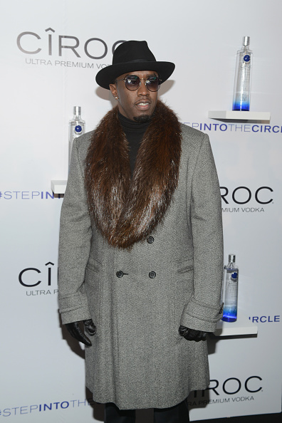 "Ciroc「CIROC's ""Step Into The Circle"" Launch Hosted By Sean Diddy Combs In Times Square, New York City」:写真・画像(1)[壁紙.com]"