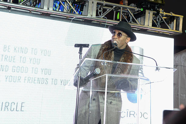 """CIROC's """"Step Into The Circle"""" Launch Hosted By Sean Diddy Combs In Times Square, New York City:ニュース(壁紙.com)"""