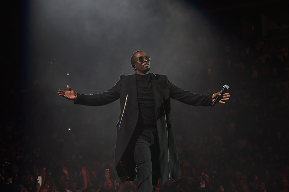 Ciroc「Puff Daddy And The Family Bad Boy Reunion Tour Presented By Ciroc Vodka And Live Nation - May 20」:写真・画像(7)[壁紙.com]
