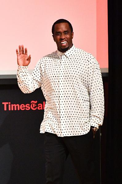 カメラ目線「TimesTalks Presents: An Evening With Sean 'Diddy' Combs」:写真・画像(13)[壁紙.com]