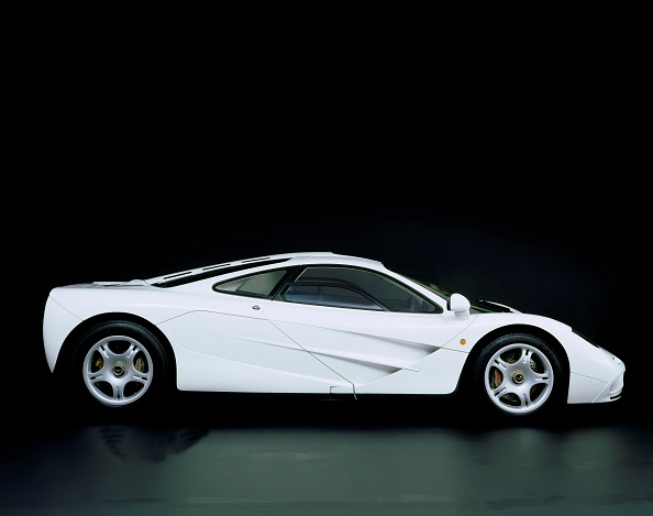 Side View「1995 McLaren F1 road car」:写真・画像(12)[壁紙.com]