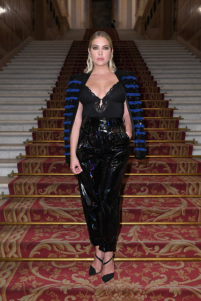 アシュリー ベンソン「Balmain : Arrivals - Paris Fashion Week Womenswear Spring/Summer 2019」:写真・画像(12)[壁紙.com]