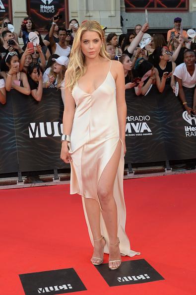 アシュリー ベンソン「2016 MuchMusic Video Awards - Arrivals」:写真・画像(19)[壁紙.com]
