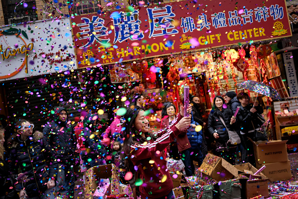 Chinese New Year「New York's Chinatown Marks First Day Of The Lunar New Year」:写真・画像(8)[壁紙.com]