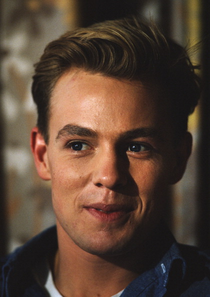 Neighbor「Actor And Singer Jason Donovan」:写真・画像(15)[壁紙.com]