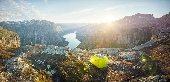 Fjord「Panoramic of tent overlooking mountainous terrain at sunset, Norway」:スマホ壁紙(19)