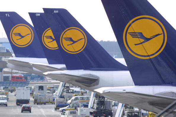 Lufthansa「Lufthansa Ground And Cabin Crews Strike For Wage Increase」:写真・画像(3)[壁紙.com]