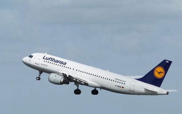 Passenger Cabin「Lufthansa Braces For 24-Hour Strike」:写真・画像(2)[壁紙.com]