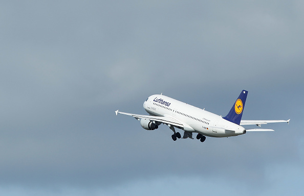Lufthansa「Lufthansa Braces For 24-Hour Strike」:写真・画像(0)[壁紙.com]