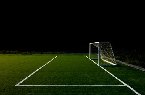 Lower Saxony「Soccer field at night」:スマホ壁紙(11)