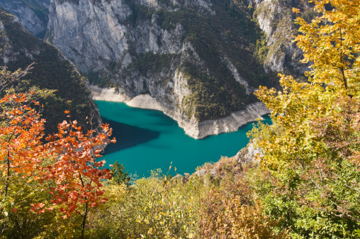 Steep「Piva Canyon in Montenegro」:スマホ壁紙(2)