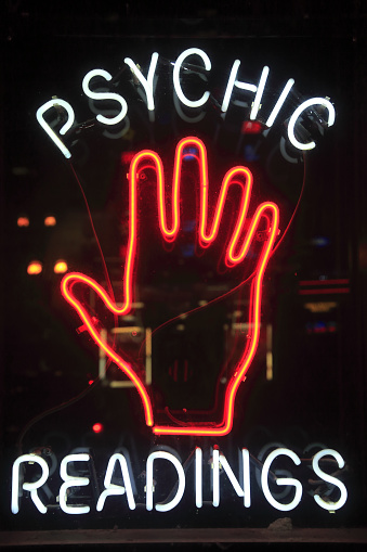 Hand「A neon sign on Broadway」:スマホ壁紙(14)