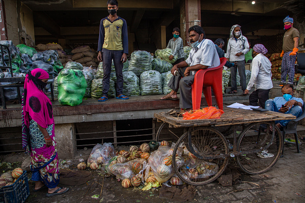 Rotting「India Continues Nationwide Lockdown To Contain The Coronavirus Outbreak」:写真・画像(4)[壁紙.com]