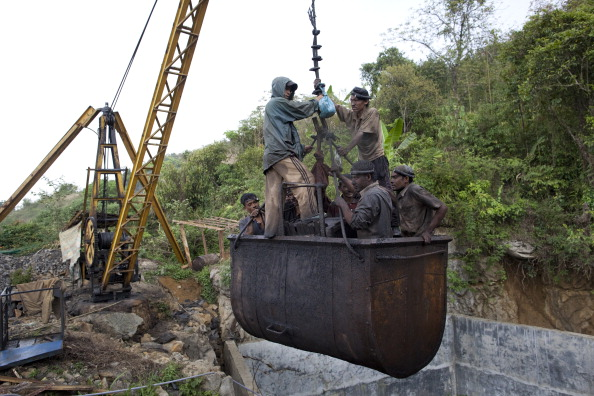 Coal Mine「Promise Of Coal Riches Lures Workers To Indias Wild East」:写真・画像(9)[壁紙.com]