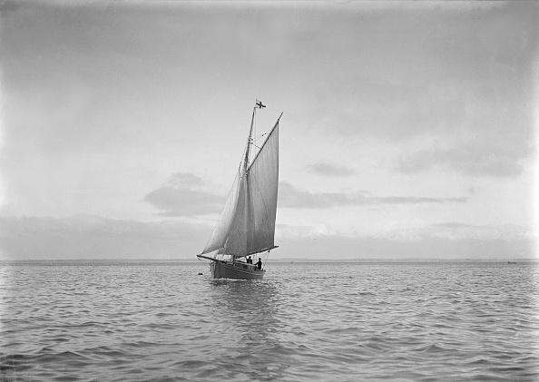 Cutting「The Cutter Sophie Sailing」:写真・画像(10)[壁紙.com]