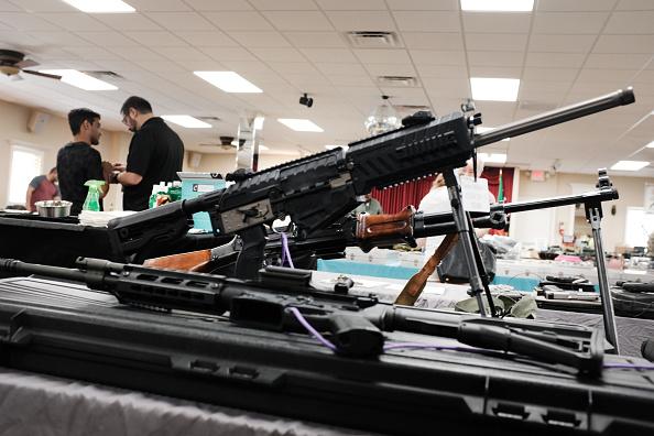 Naples - Florida「Gun Deaths On The Rise Again U.S. After A Decade Of Declines」:写真・画像(16)[壁紙.com]
