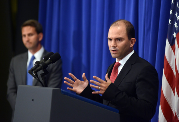 Advice「Deputy National Security Advisor Ben Rhodes And White Deputy Press Secretary Eric Schultz Brief The Media」:写真・画像(5)[壁紙.com]