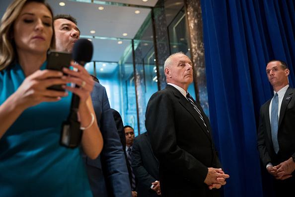 Drew Angerer「President Trump Speaks On Infrastructure Meeting Held At Trump Tower」:写真・画像(11)[壁紙.com]