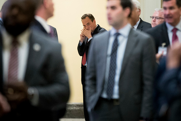 Conference Phone「Senate Legislators Address The Media After Their Weekly Policy Luncheons」:写真・画像(9)[壁紙.com]