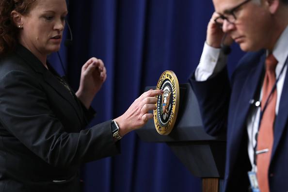 記章「President Trump Delivers Remarks On Supports Veterans And Their Families」:写真・画像(6)[壁紙.com]