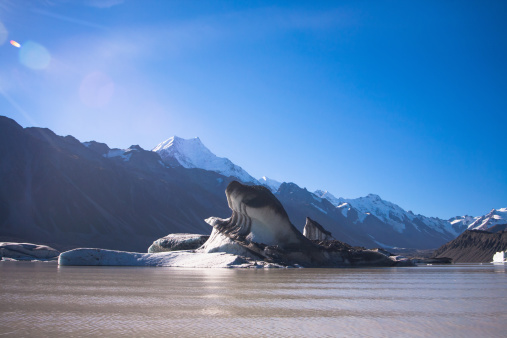 Mt Cook「A group tour through the glaciers of Mt. Cook」:スマホ壁紙(6)