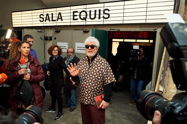 Variation「Pedro Almodovar Presents Dolor Y Gloria's Extended Version Film Screenplay」:写真・画像(10)[壁紙.com]