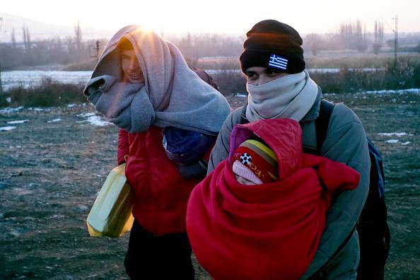 Bedding「Migrants Wait For Trains In Sub Zero Temperatures On The Serbian Border」:写真・画像(10)[壁紙.com]