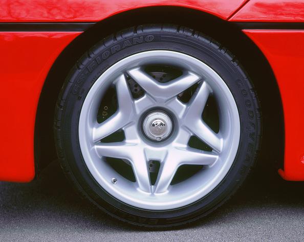 Wheel「1996 Ferrari F50 wheel」:写真・画像(10)[壁紙.com]