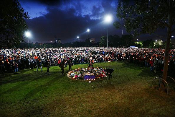 ヒューマンインタレスト「Reclaim Princes Park Vigil Held After Eurydice Dixon Murder」:写真・画像(5)[壁紙.com]