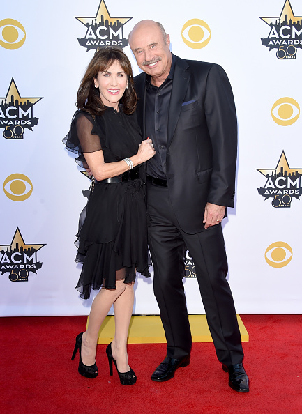 T 「50th Academy Of Country Music Awards - Arrivals」:写真・画像(8)[壁紙.com]