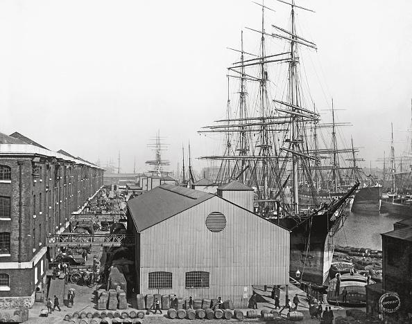Commercial Dock「London Docks」:写真・画像(8)[壁紙.com]