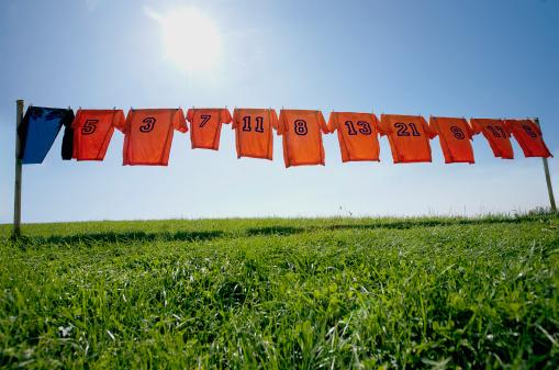 Soccer Uniform「football dresses hanging on clothesline」:スマホ壁紙(9)