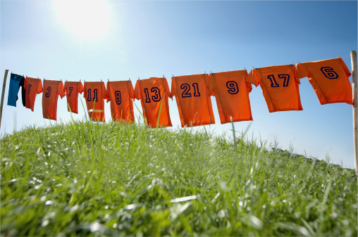 Soccer Uniform「football dresses hanging on clothesline」:スマホ壁紙(17)