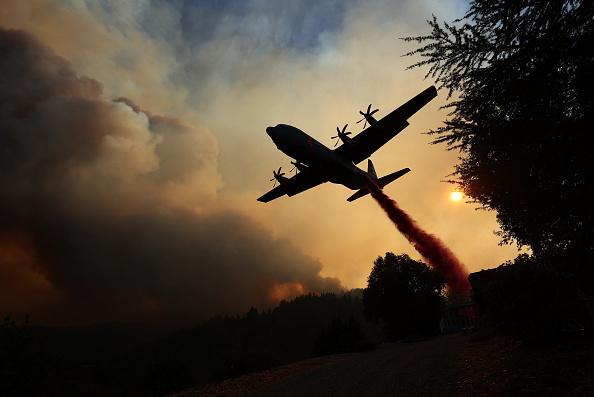 Airplane「LNU Lightning Complex Fire Burns In Napa County」:写真・画像(6)[壁紙.com]